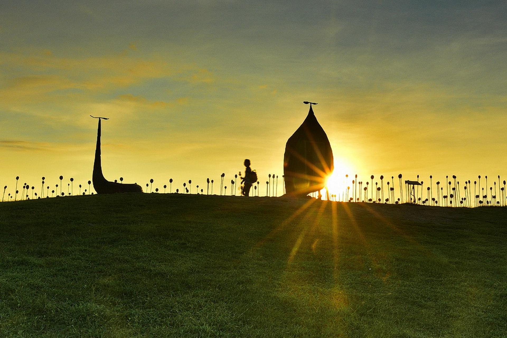 sunrise. by petertyghbn