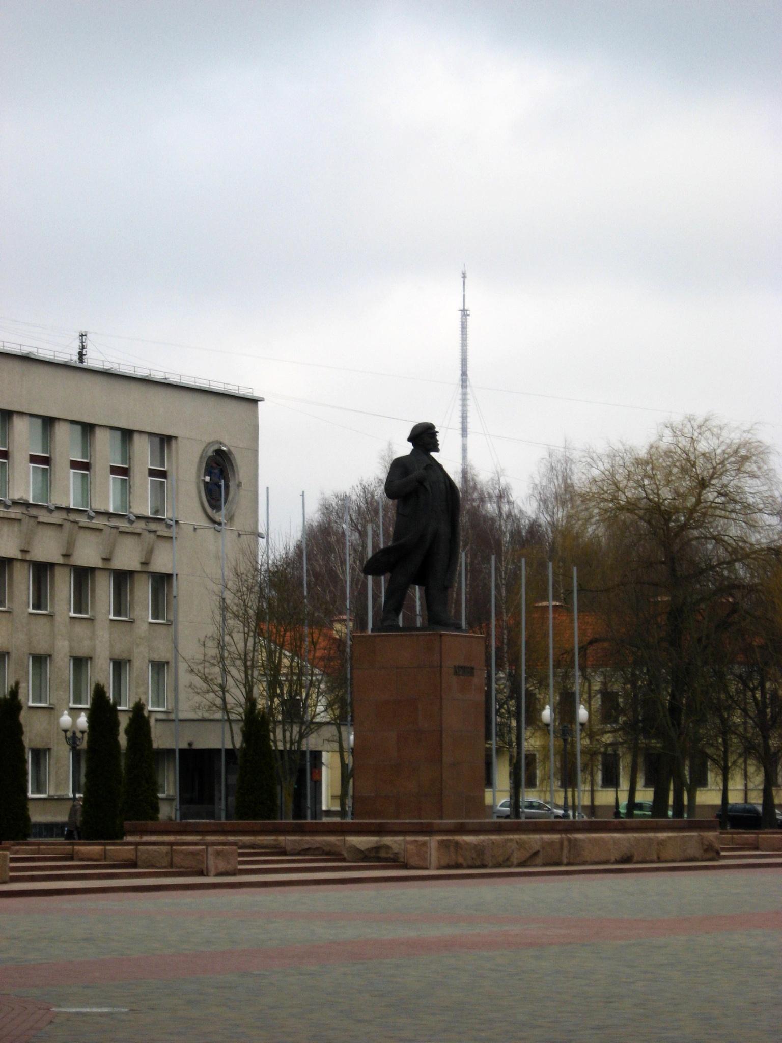 Vladimir Lenin in Grodna by filiplipinski1