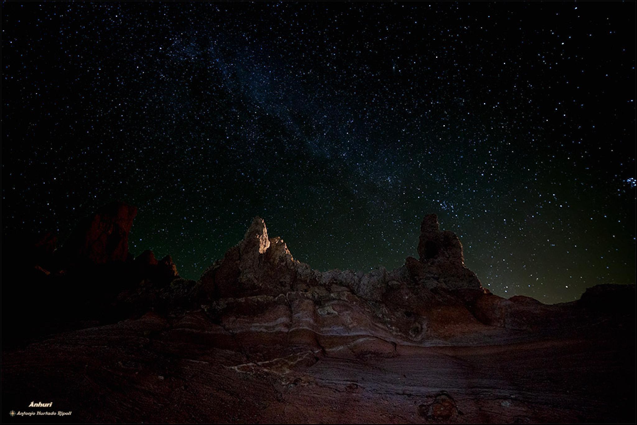 under stars by Antonio Hurtado Ripoll