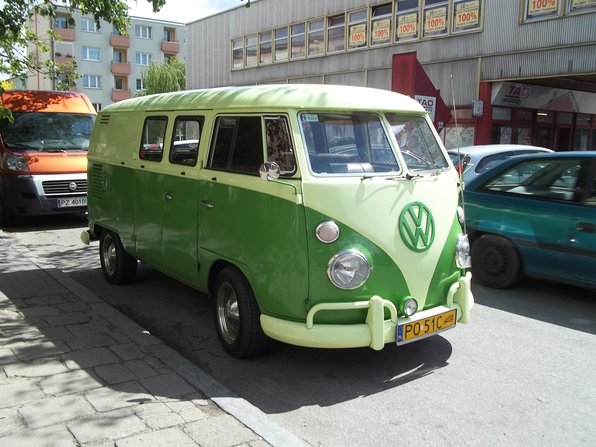 volkswagen bus by altotemi