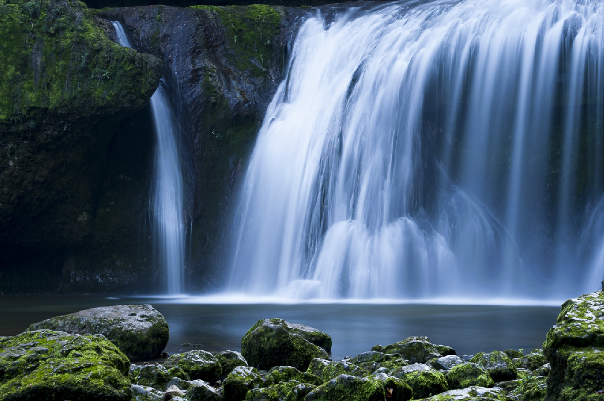 Cascade de la Billaude - Jura - France by Mayfly74