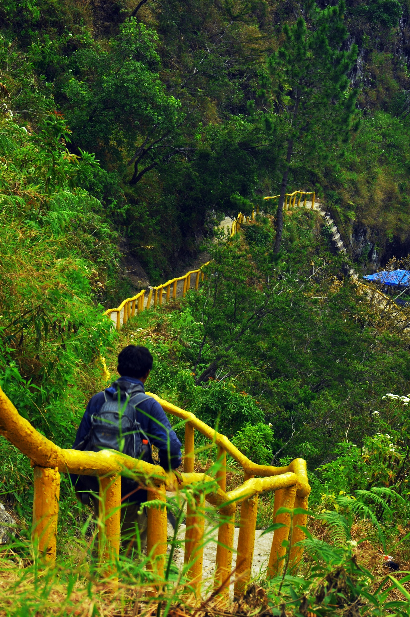 track to the sipiso-piso waterfall by alleybamboes