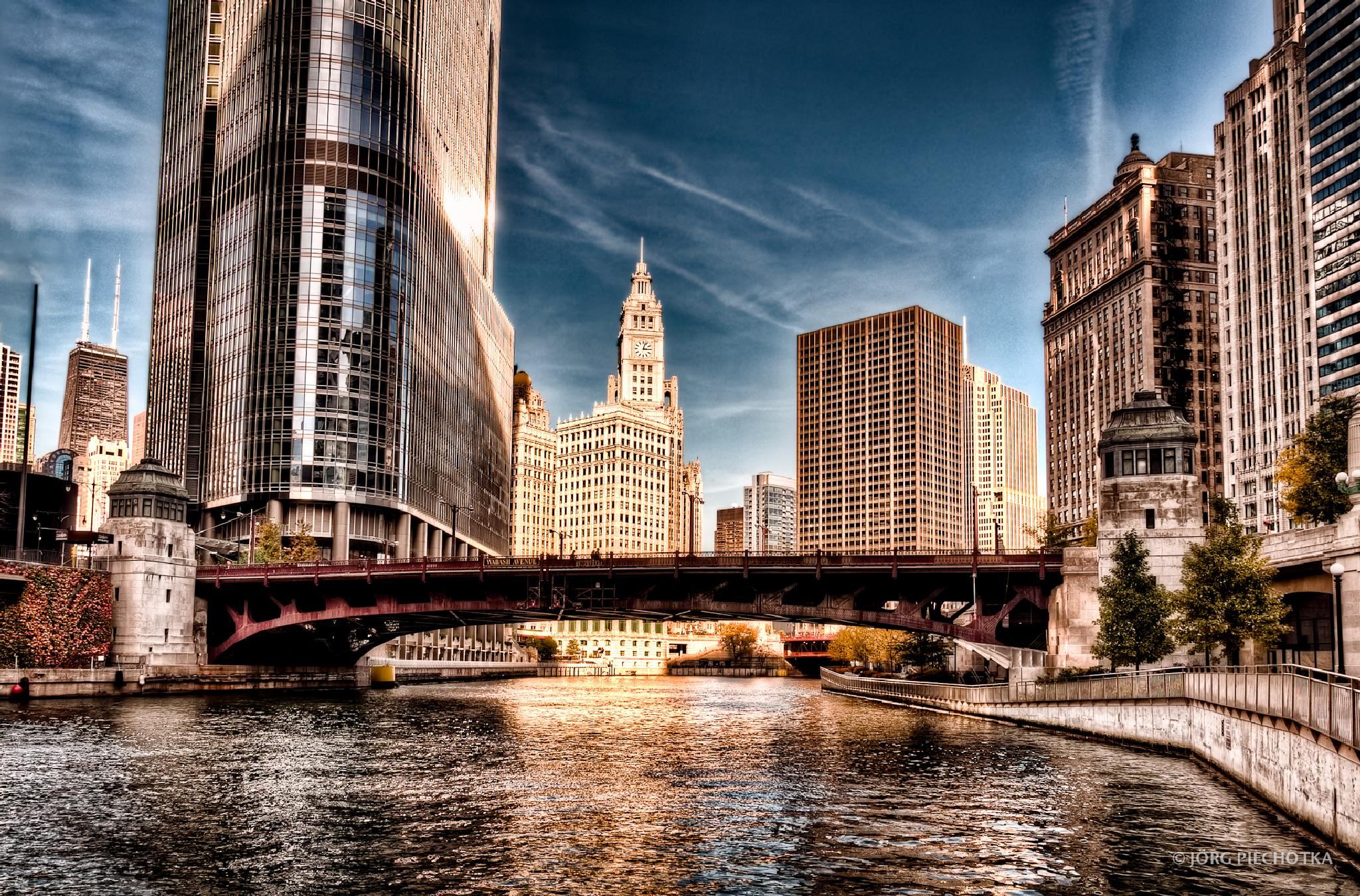 CHICAGO RIVER by Joerg Piechotka