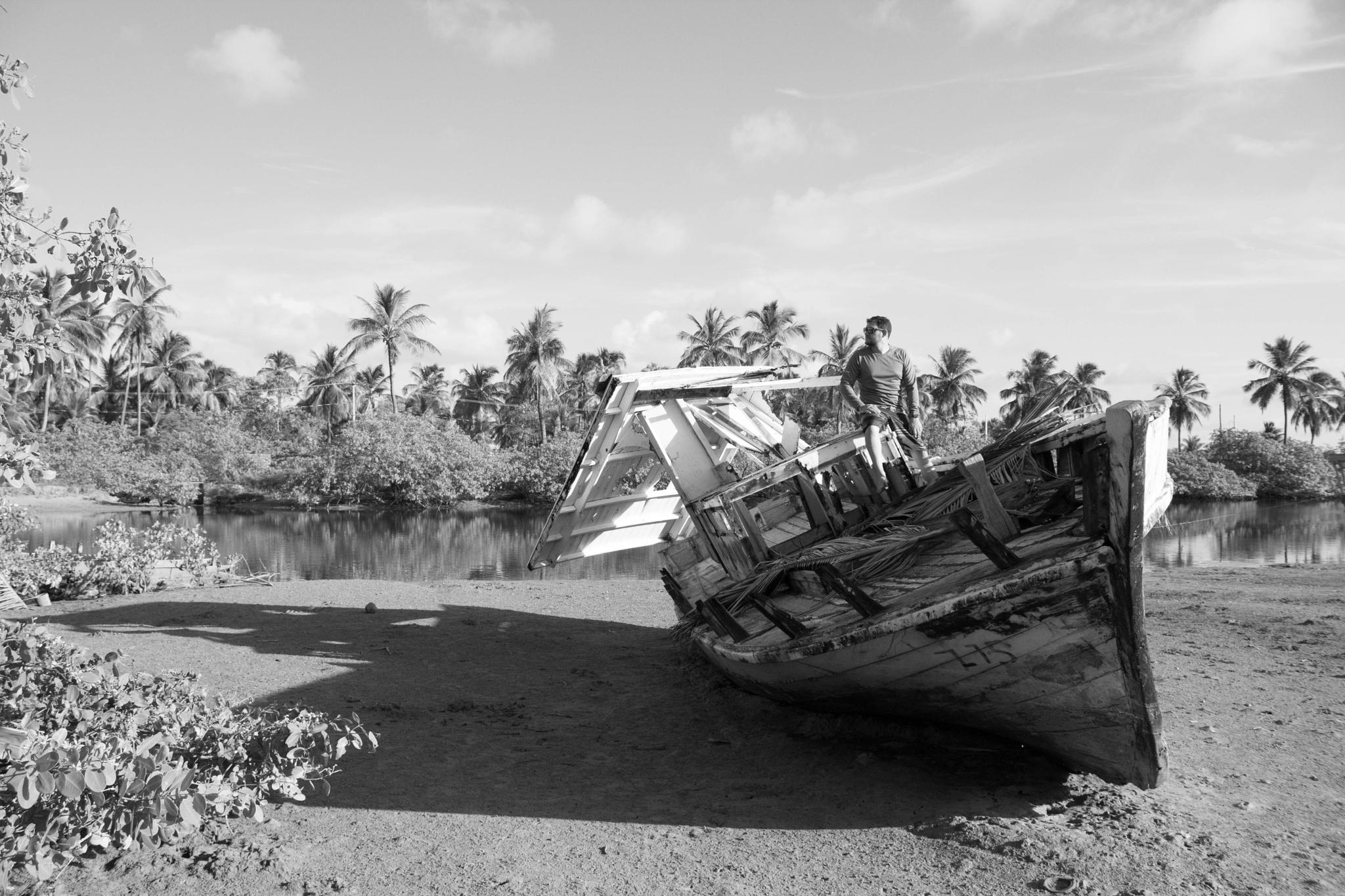 Old sea by zanderson