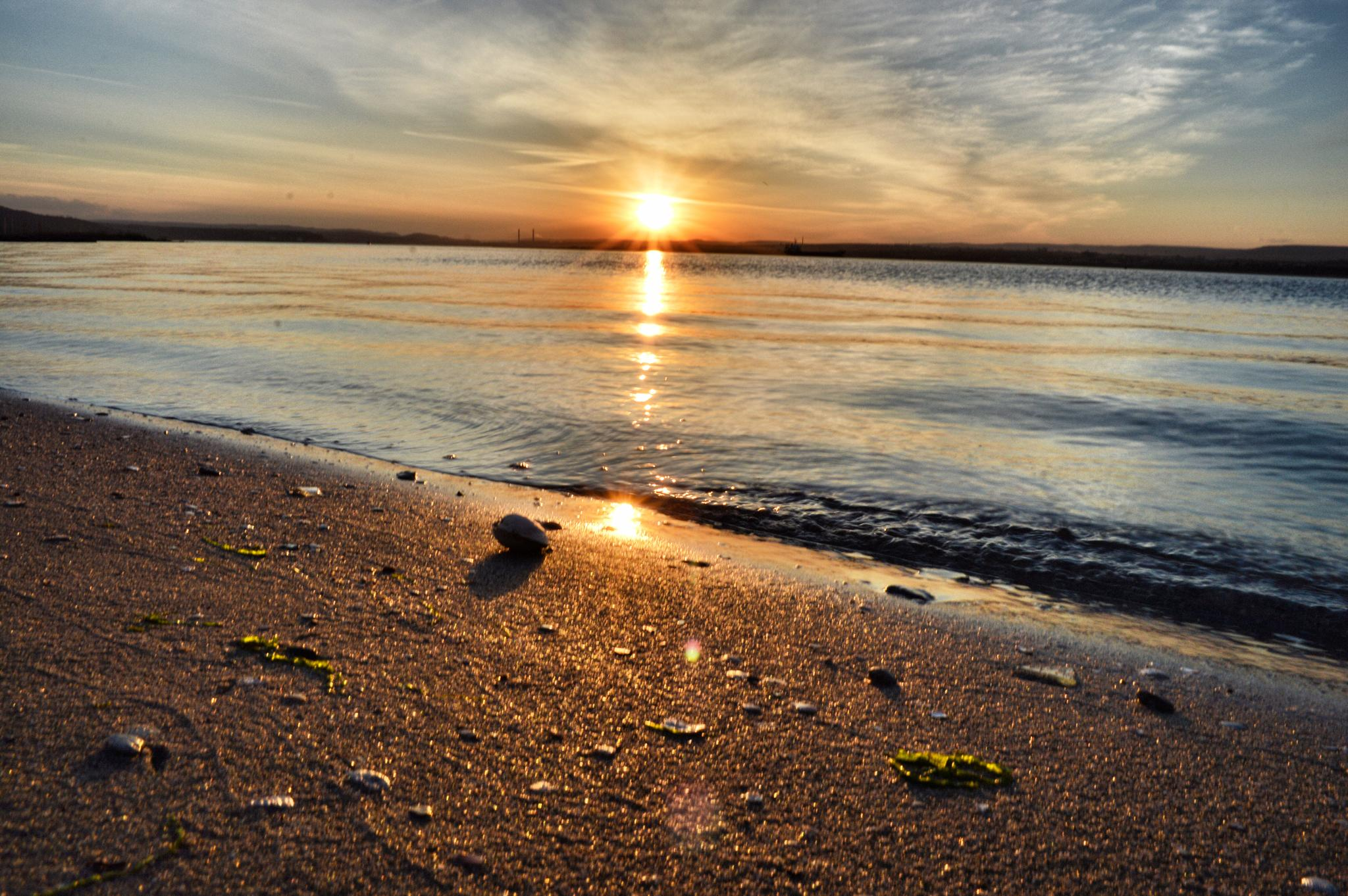 Sunset by Galq Fo-teva