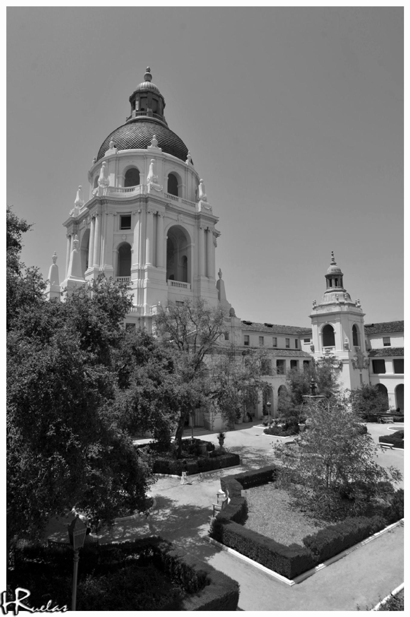 Pasadena City Hall B&W by Hugo