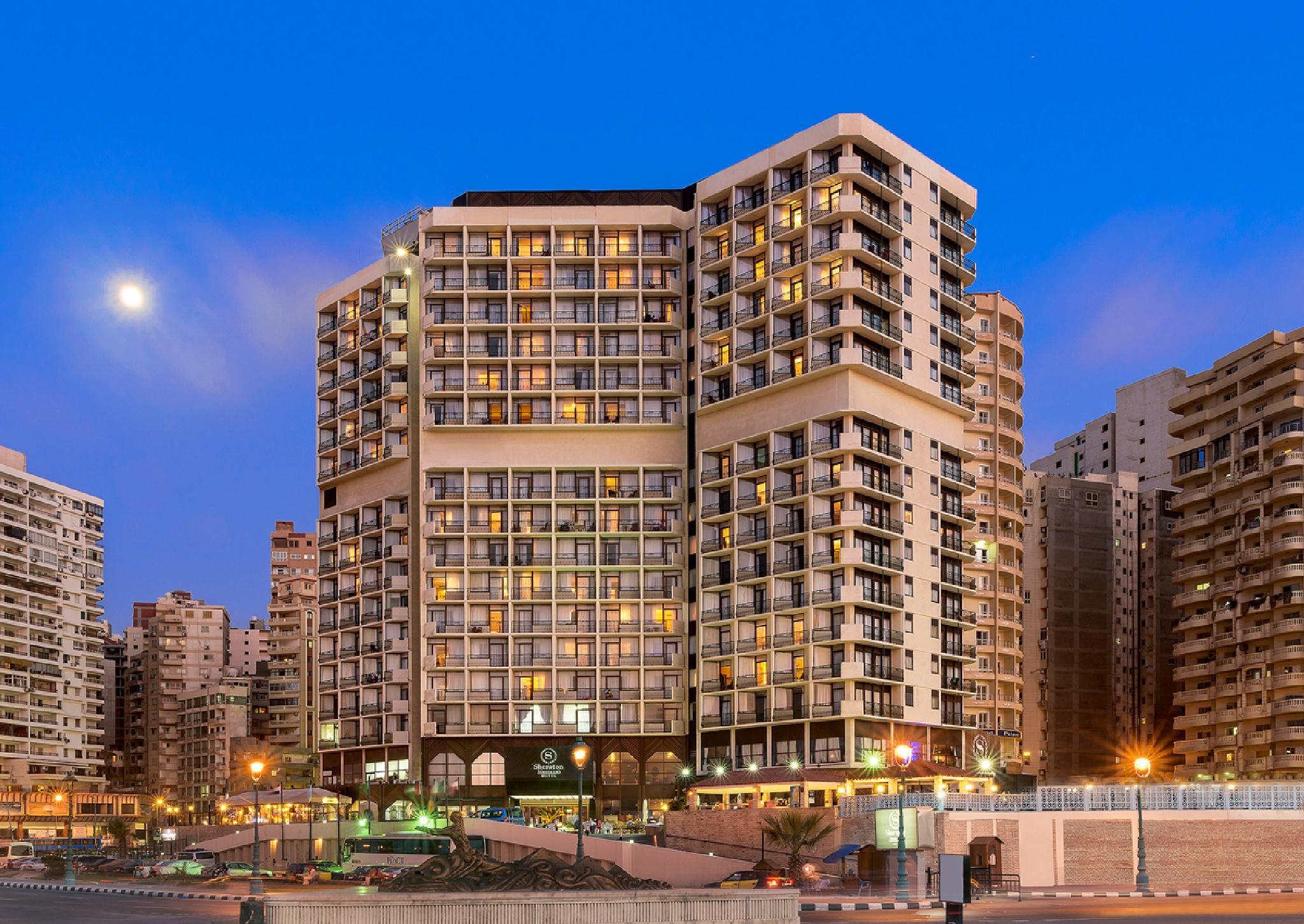 Sheraton Montazah Hotel Facade by Jaguarjj