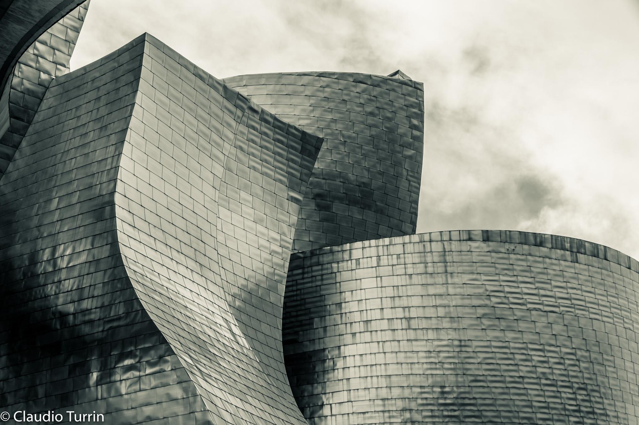 Bilbao Guggenheim Museum by claudioturrin77