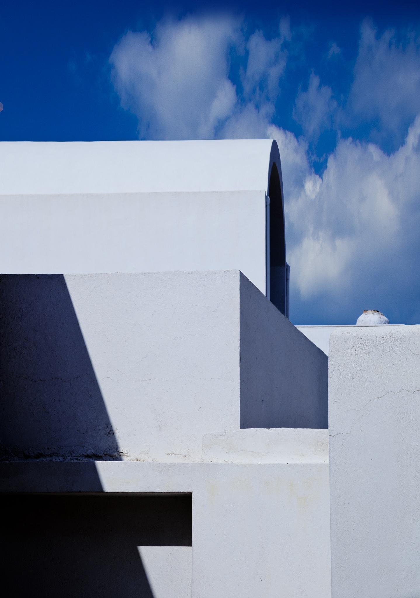 Santorini by Leroy