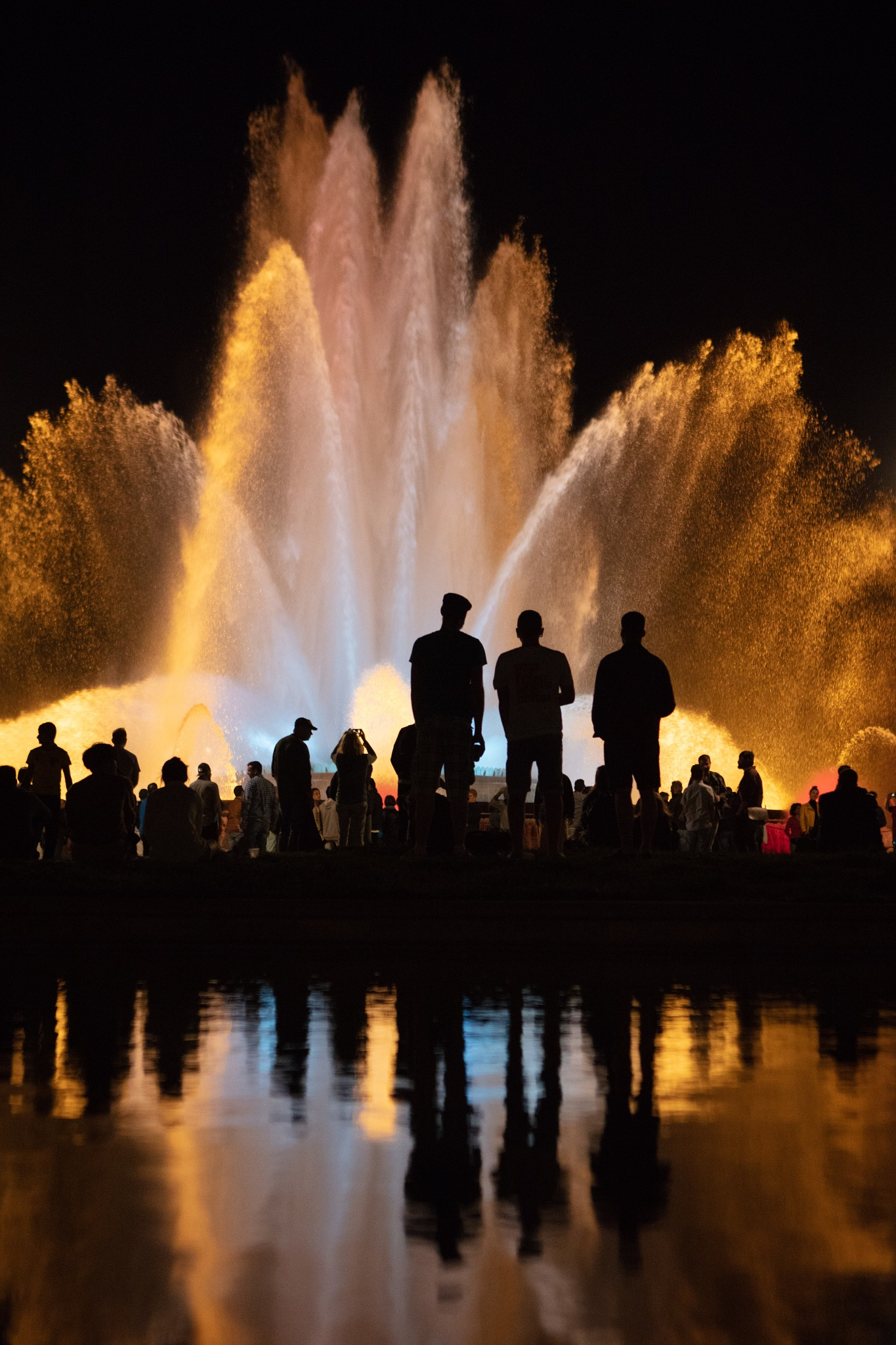 Magic Fountain by VAMPhotography
