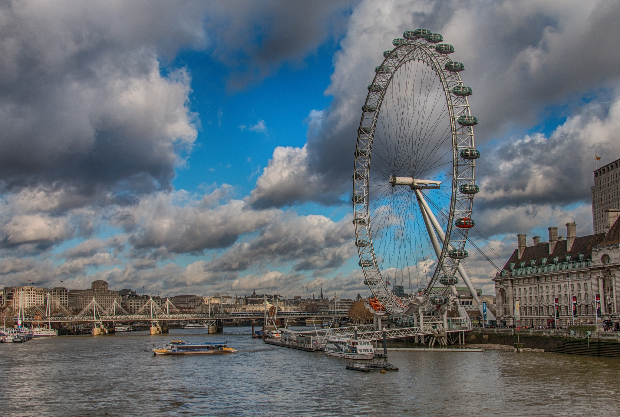London Eye by Zafer Kara