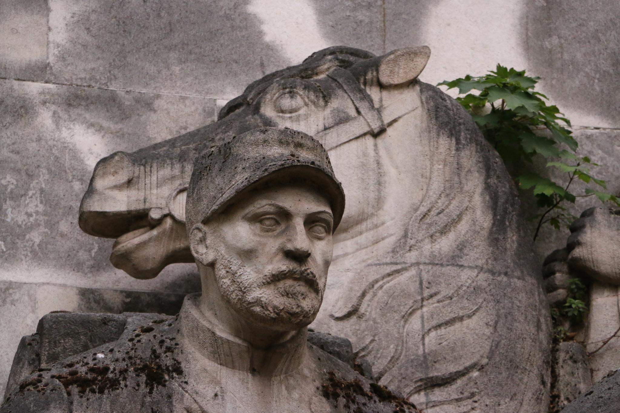Statue, Trocadero, Paris by David McColgan Photography