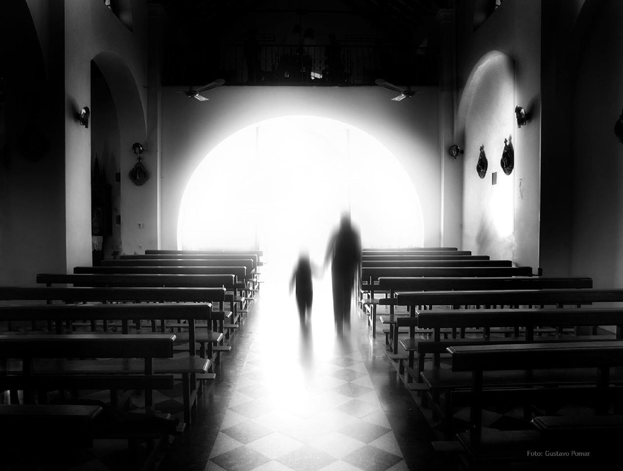Hacia la luz by GustavoPomar