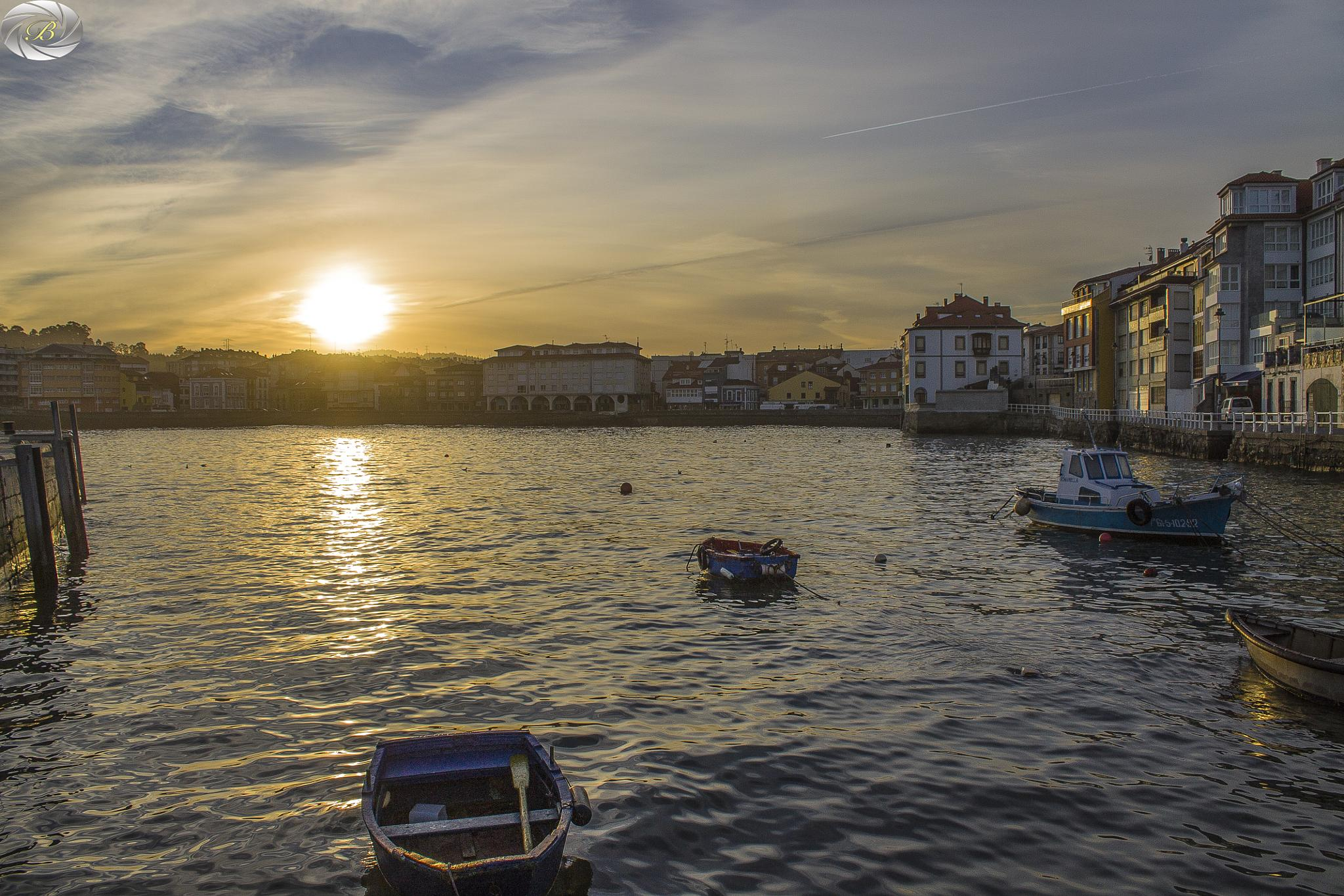 sunset in Luanco(Asturias-Spain) by bandalphotography