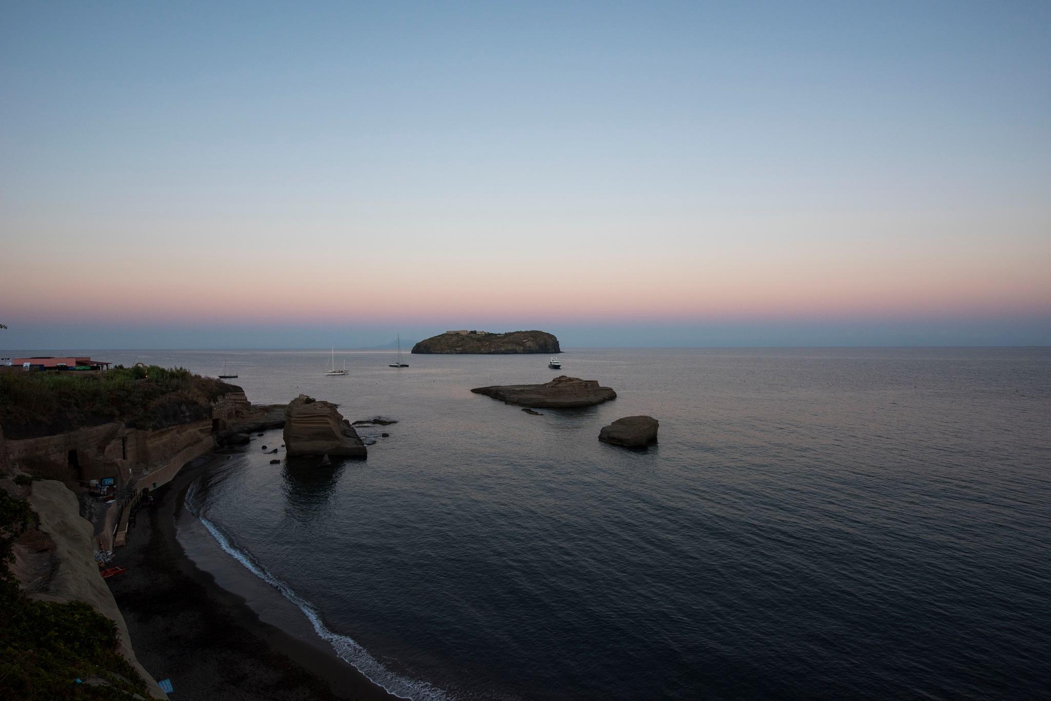 Ventotene & Santo Stefano by alextrusty