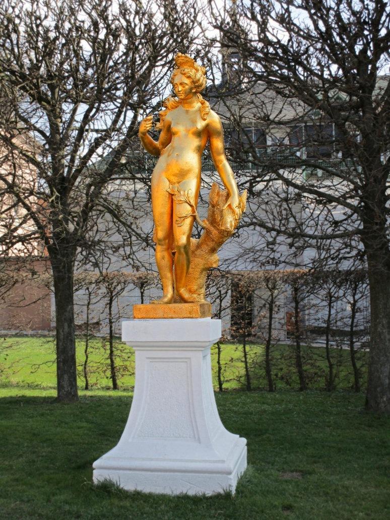 Diana by dirtyharriet