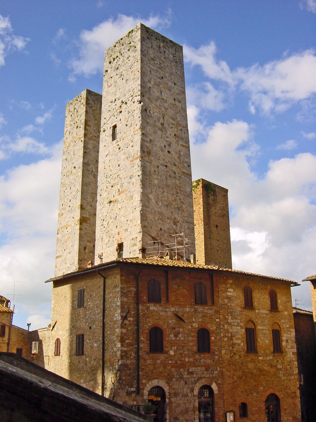 San Gimignano, Manhattan of Tuscany by dirtyharriet