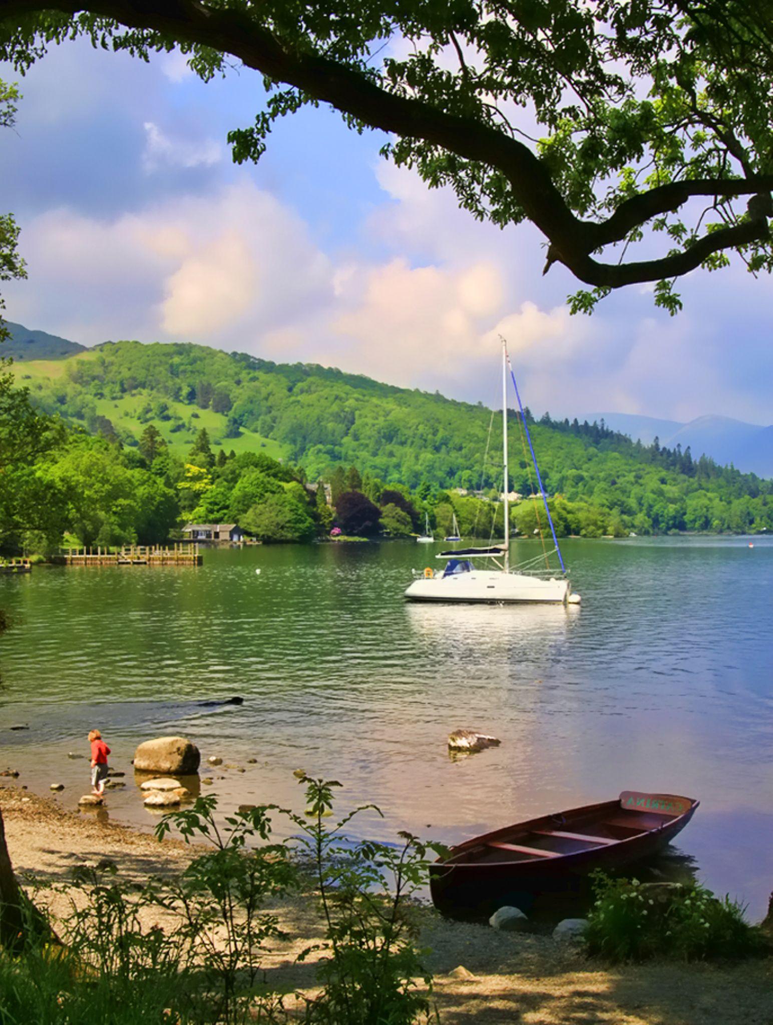 Lake Windermere .  Cumbria . UK. by geofftodhunter