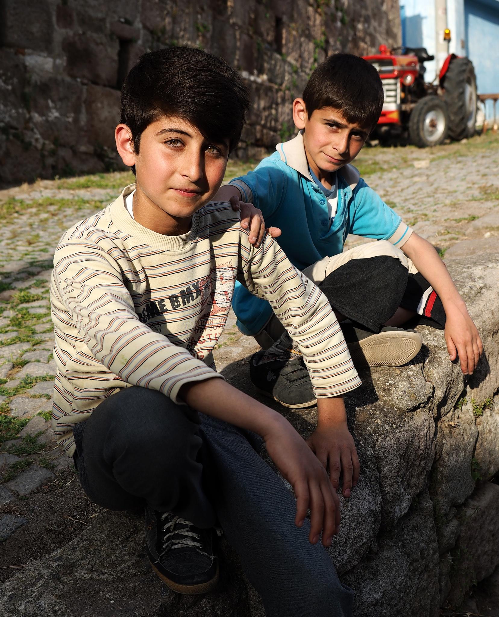 friends by İlkerTuran