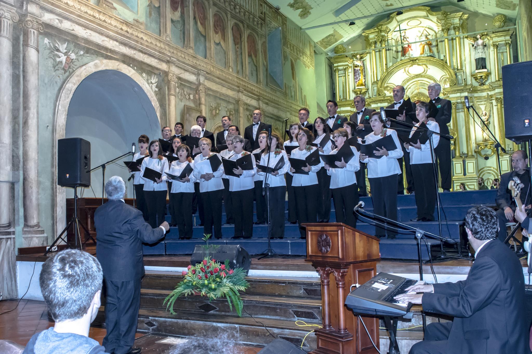 Coro Navideño Municipal Cuenca by Juan Matute