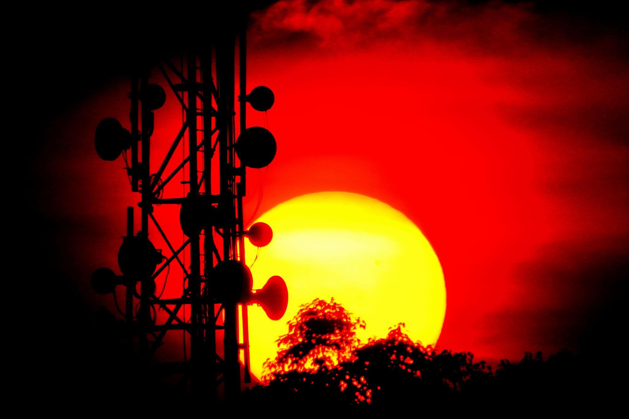 Sunset by budishalim1
