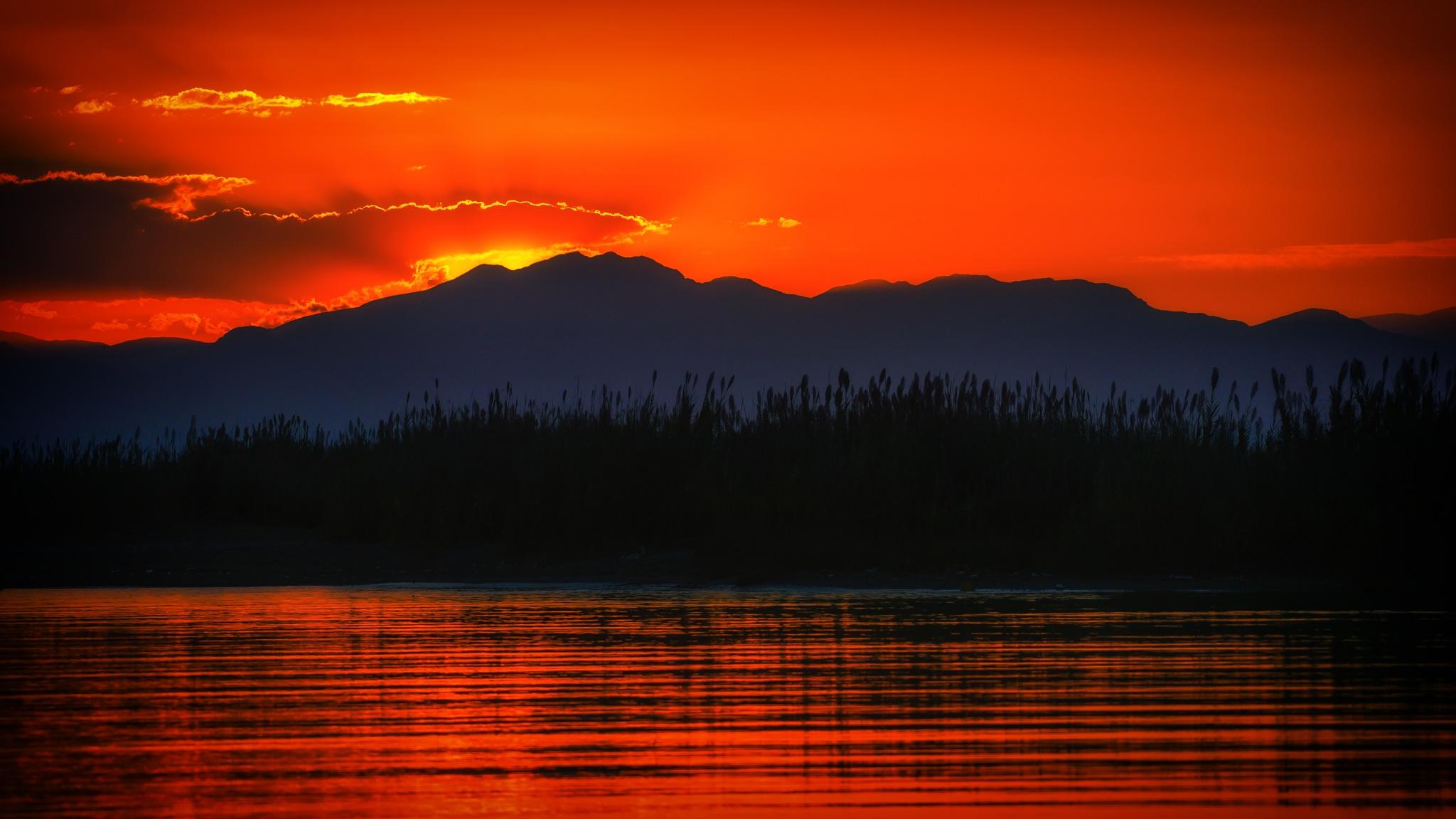 Mediterrenean Sunset by cheko