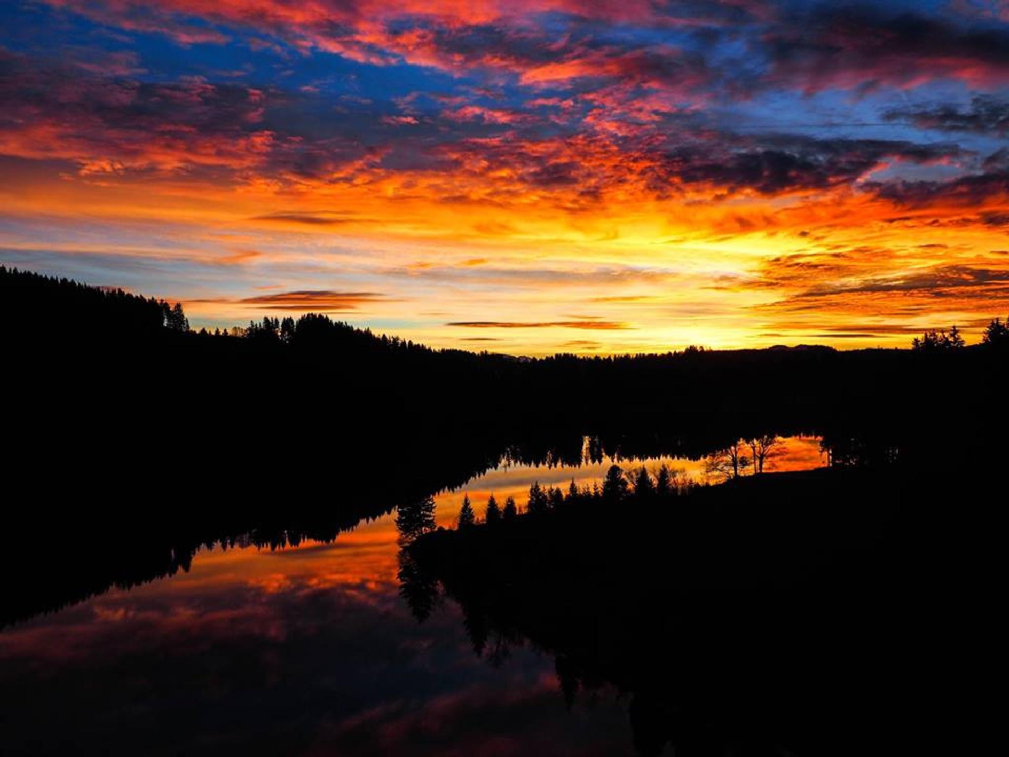 Spectecular sunset by KALAcolumn_photo