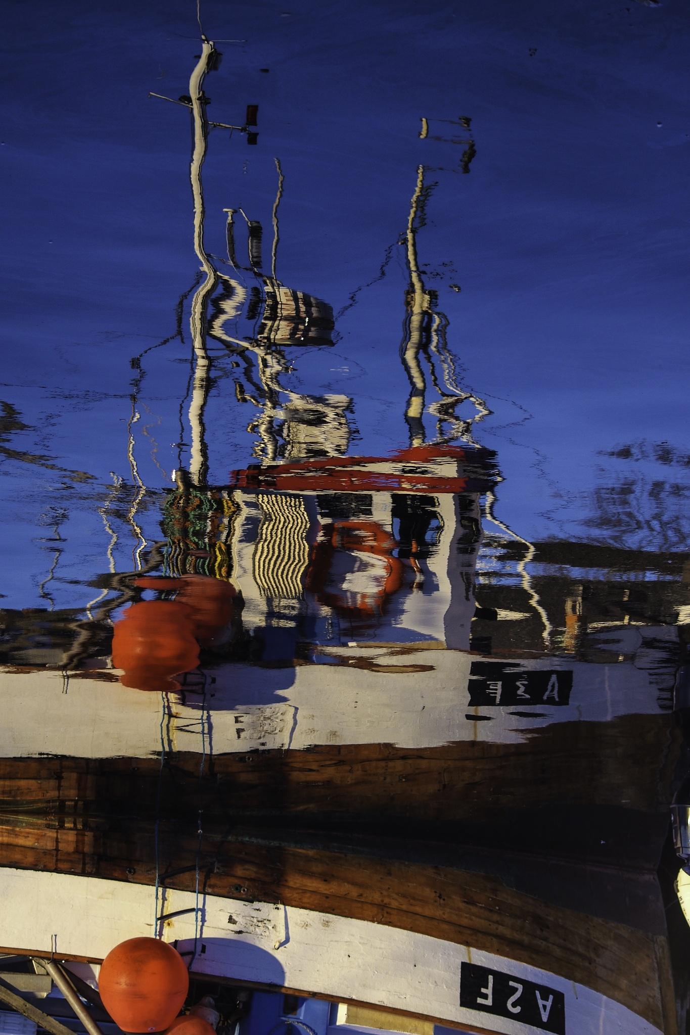 Boat & The Sea by Goran Jorganovich