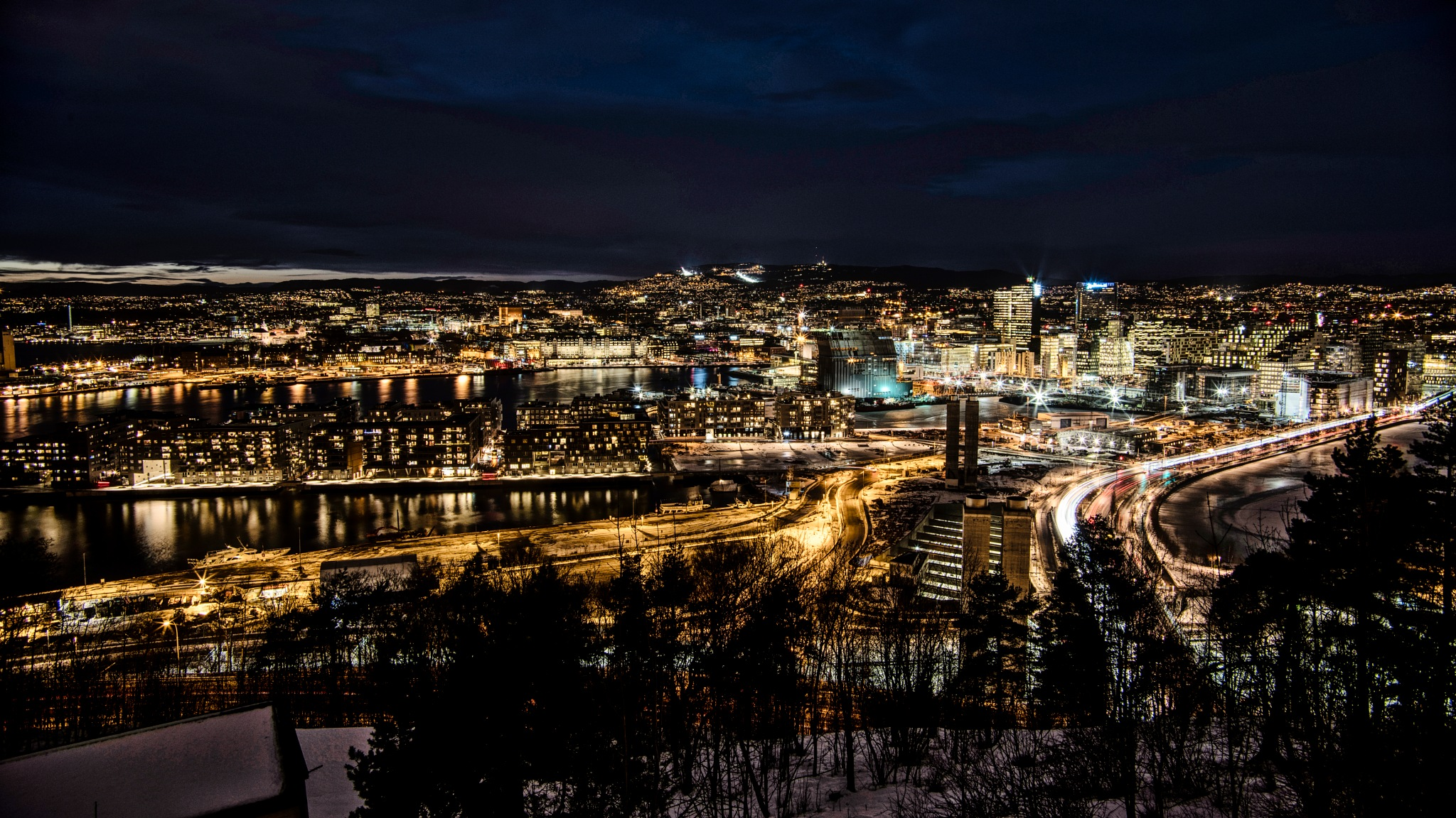 Lights from Northern City - OSLO by night  by Goran Jorganovich