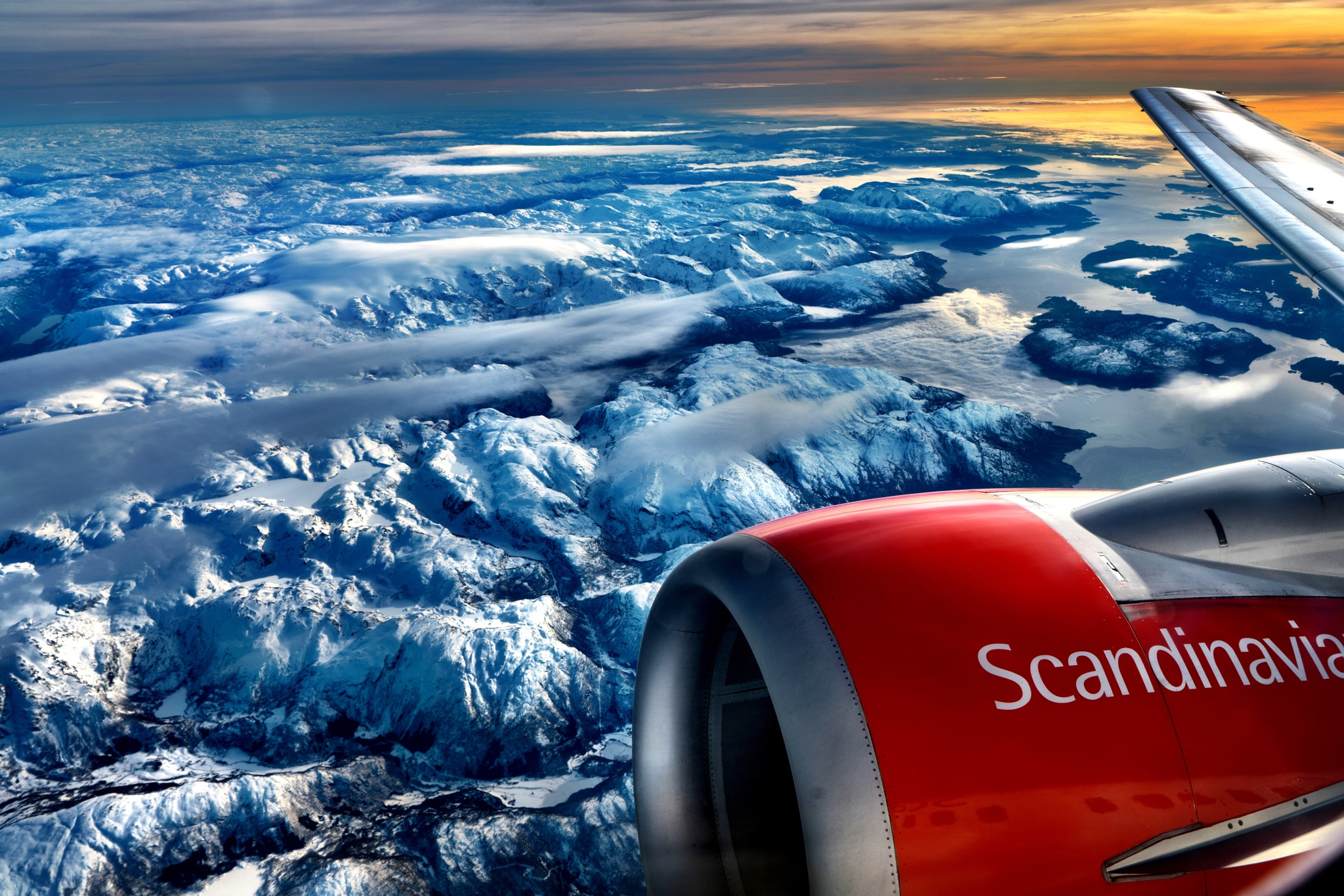 Norwegian mountains  by Jan-Petter Dahl