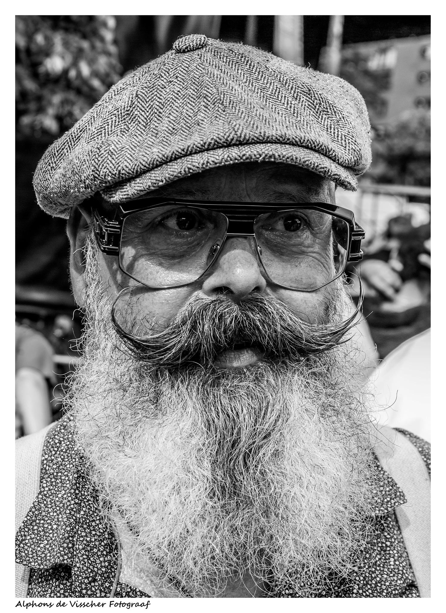 Male portrait by Alphons de Visscher Fotograaf