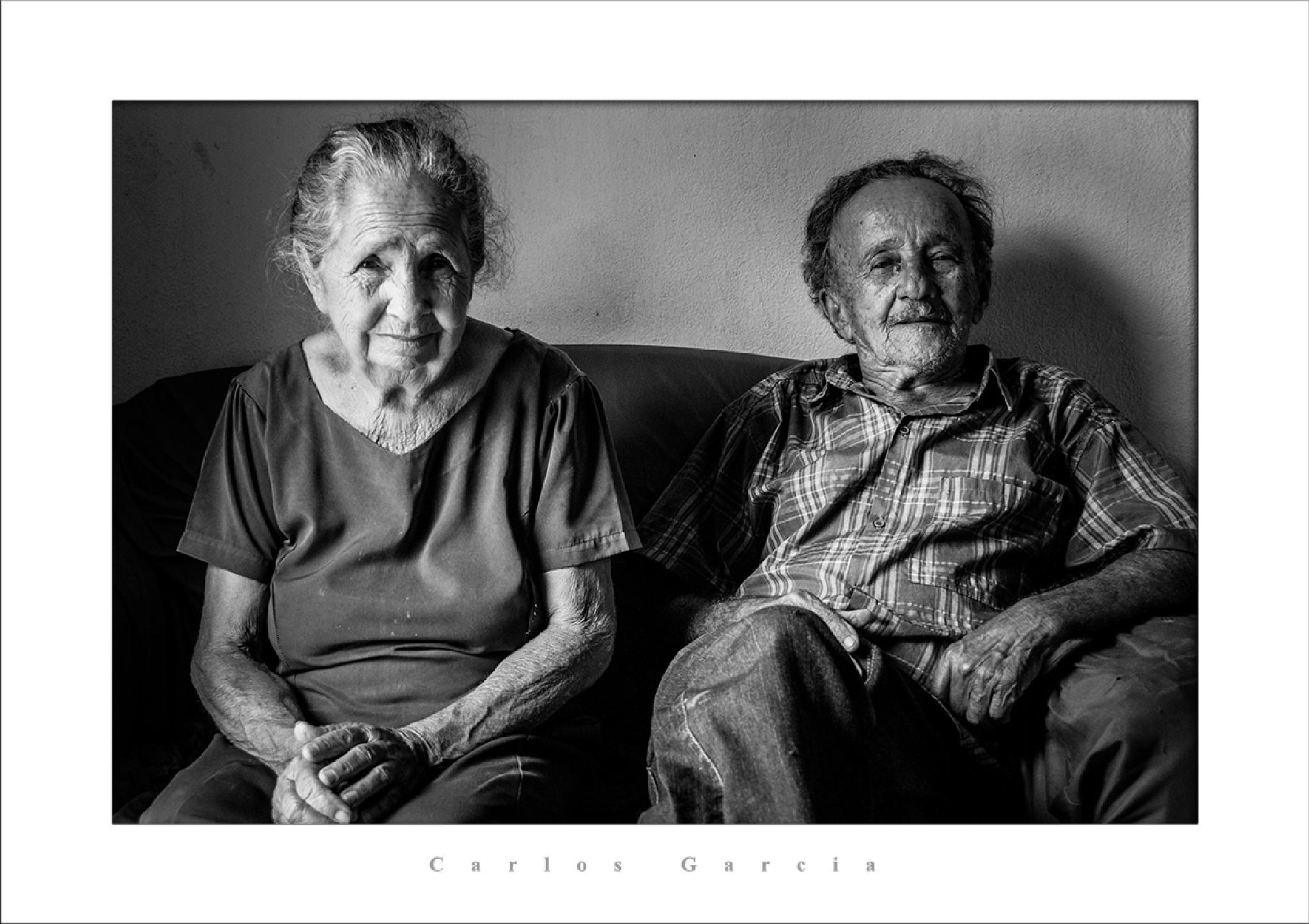 Seu Totonho Guerra e Dona Mariinha /  Mr Totonho Guerra and Ms Mariinha by Carlos Alberto Garcia Neto