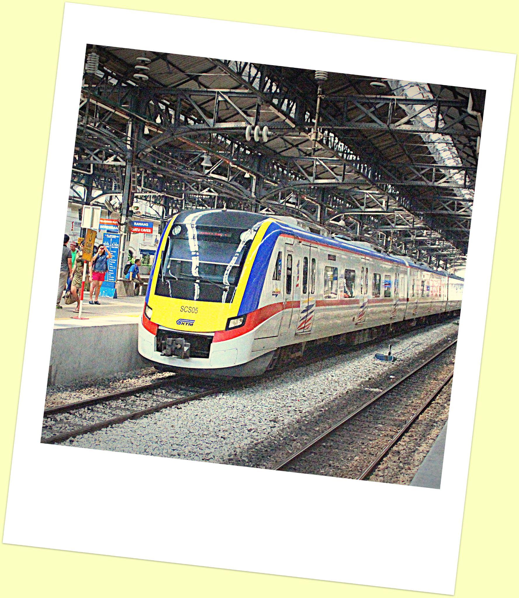 Train by fragranceumlee