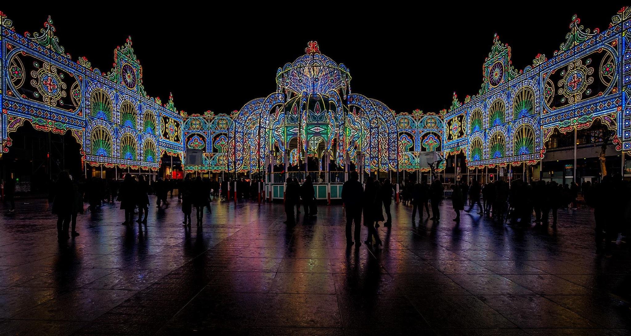 Glow - Eindhoven by Robin van den Belt