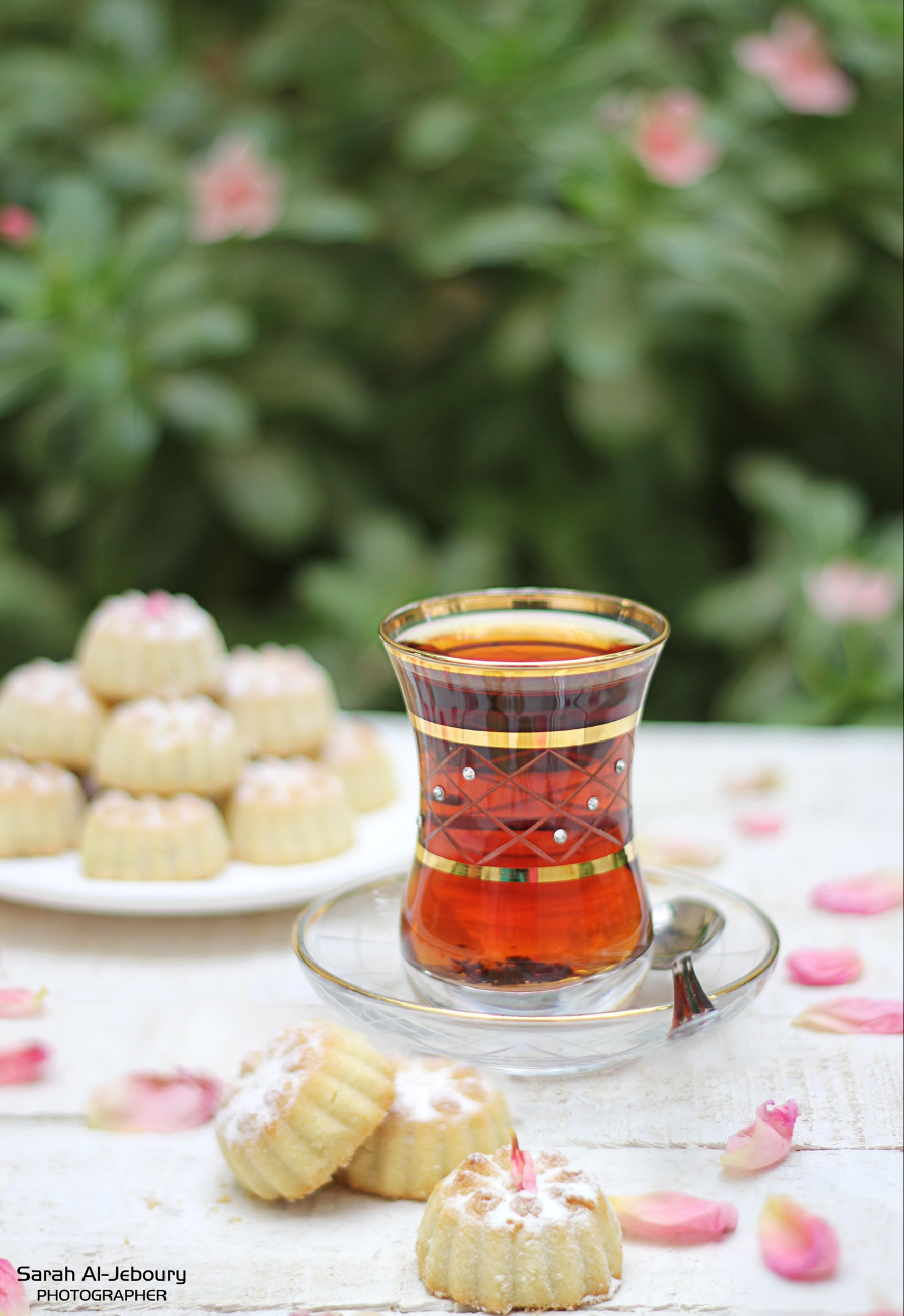 Iraqi tea by Sarah Aljeboury
