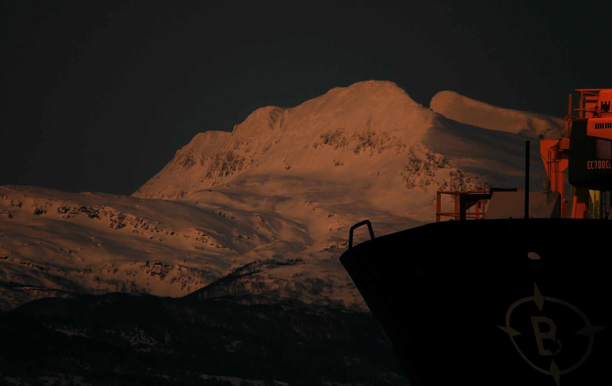 At dock's bay by John Frost-bite Slettjord
