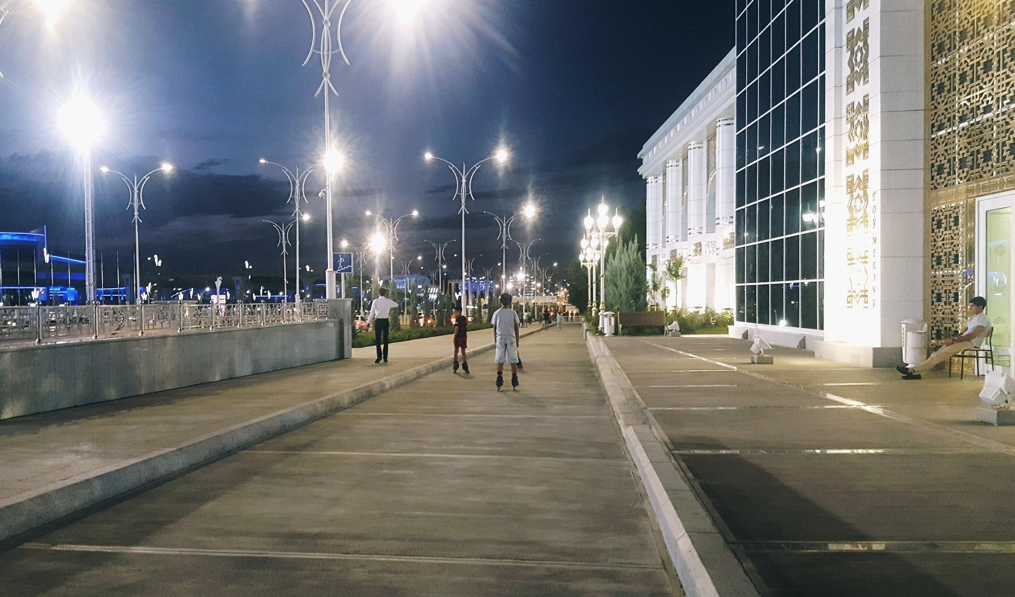 Ashgabat by night by Sergio Cavaliere