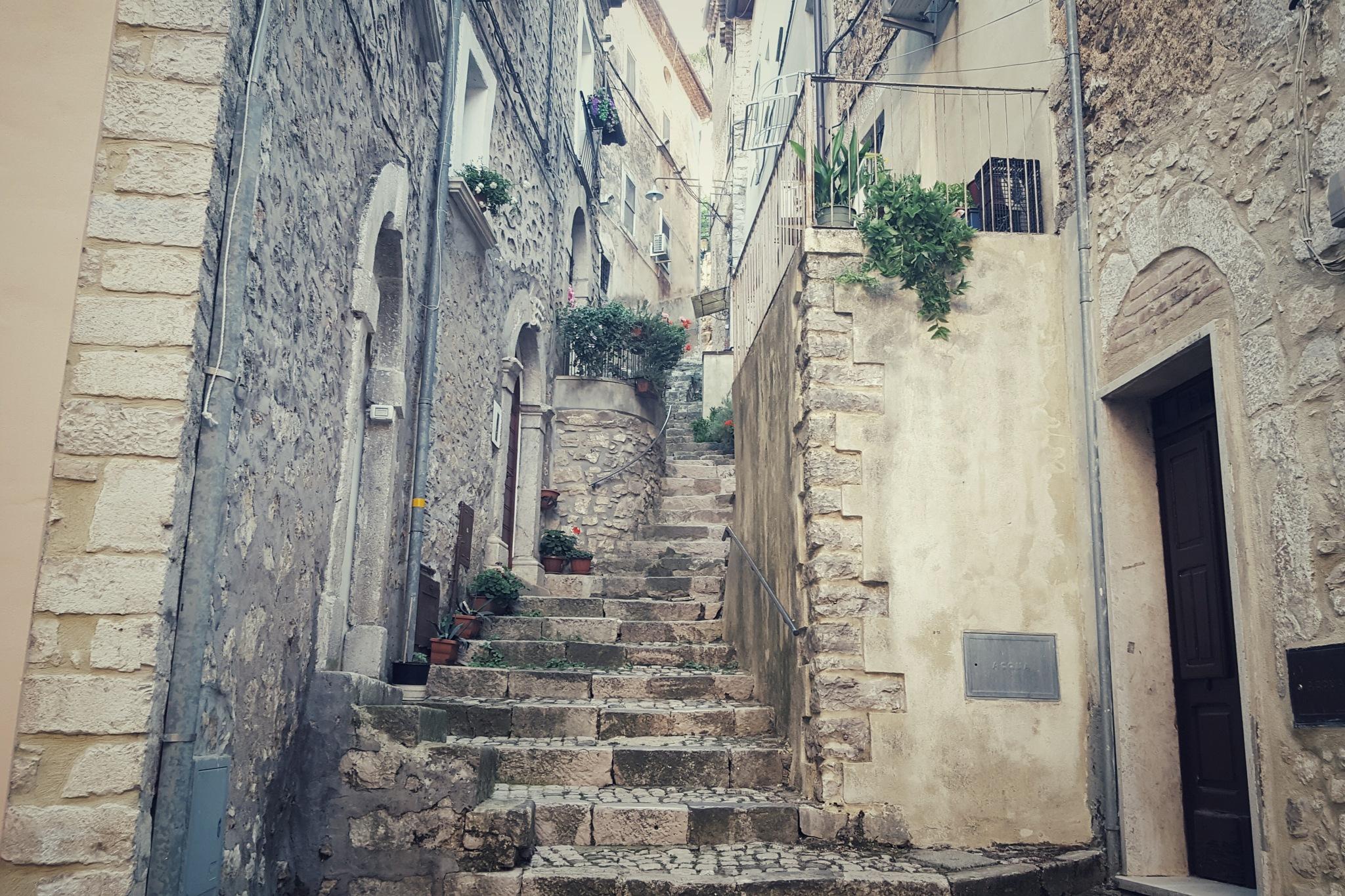 La Rua by Sergio Cavaliere