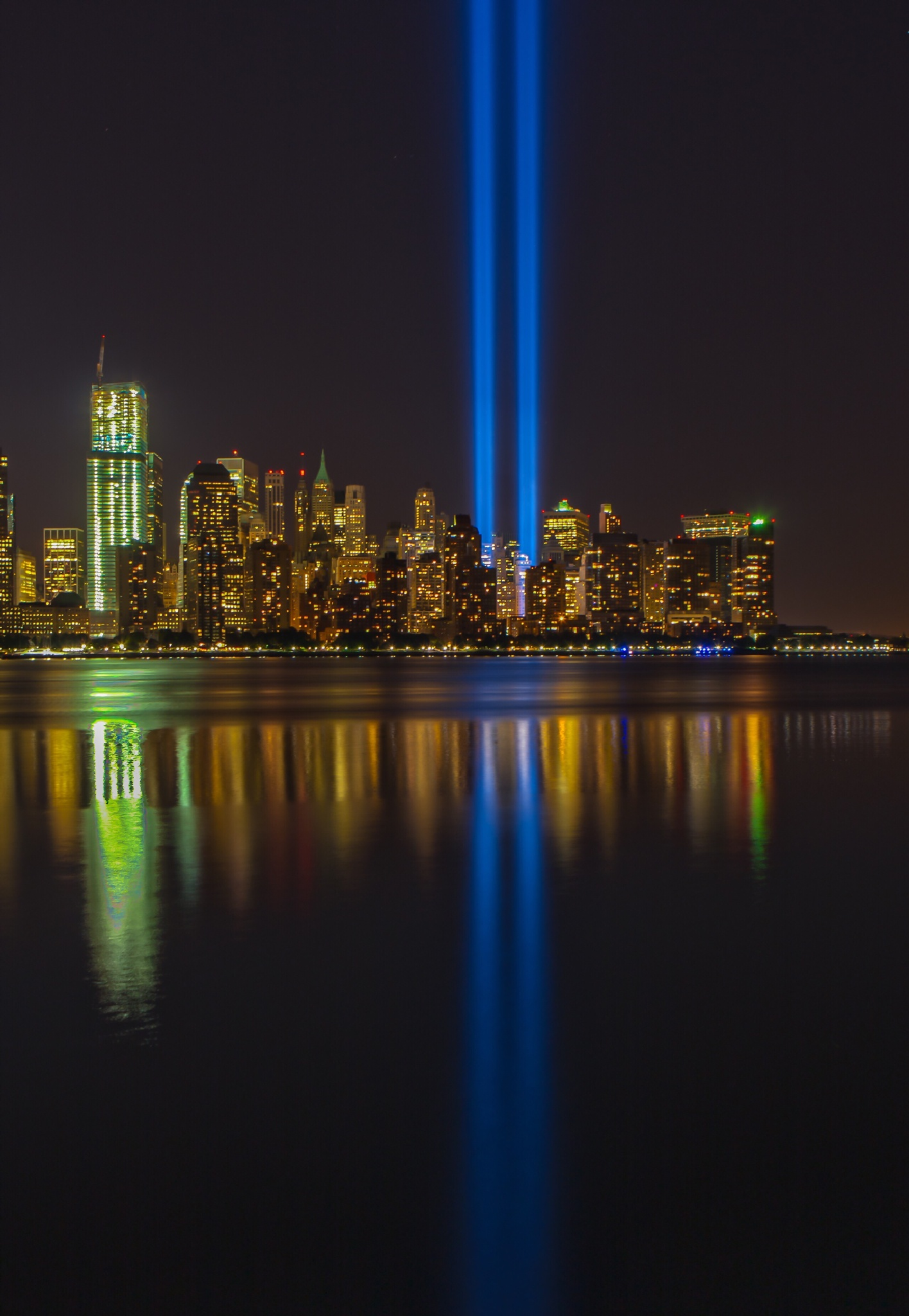 Tribute in Lights 2 by canonbb