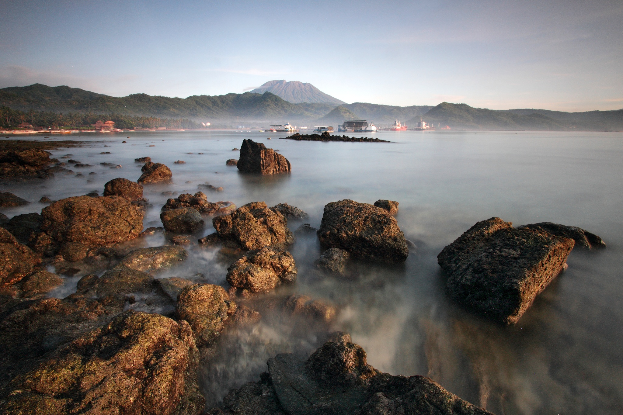 Amuk Bay by Gede Widiarsa