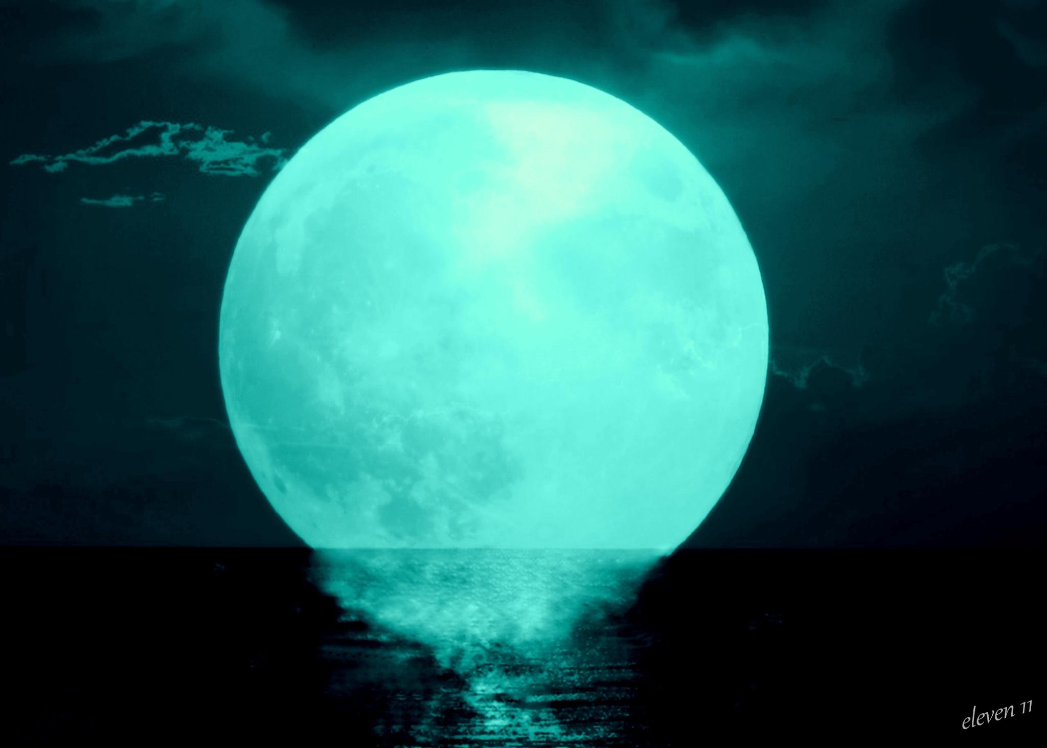 Lunar Fun by eleven 11