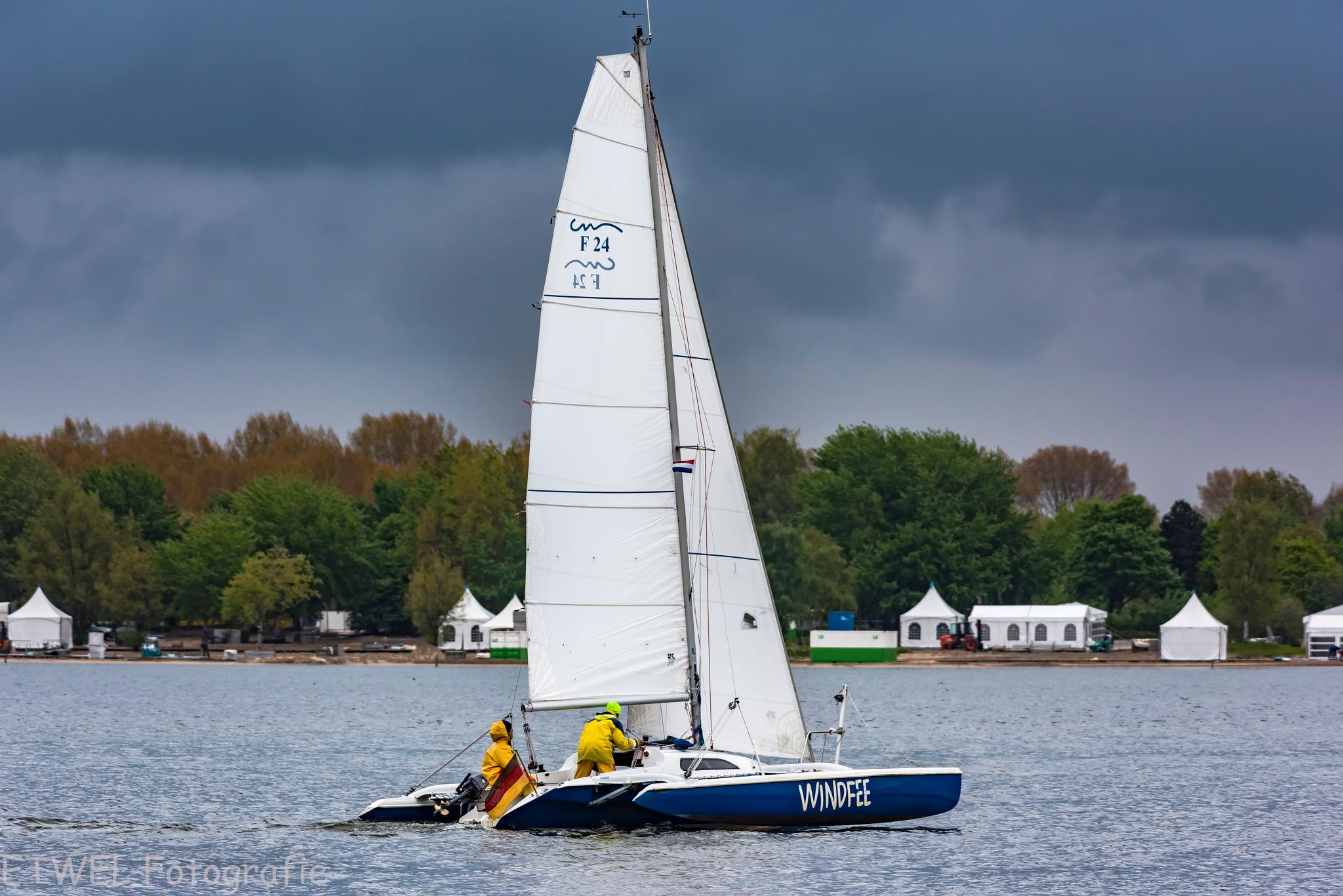 Sailing by        ETWEL © Fotografie