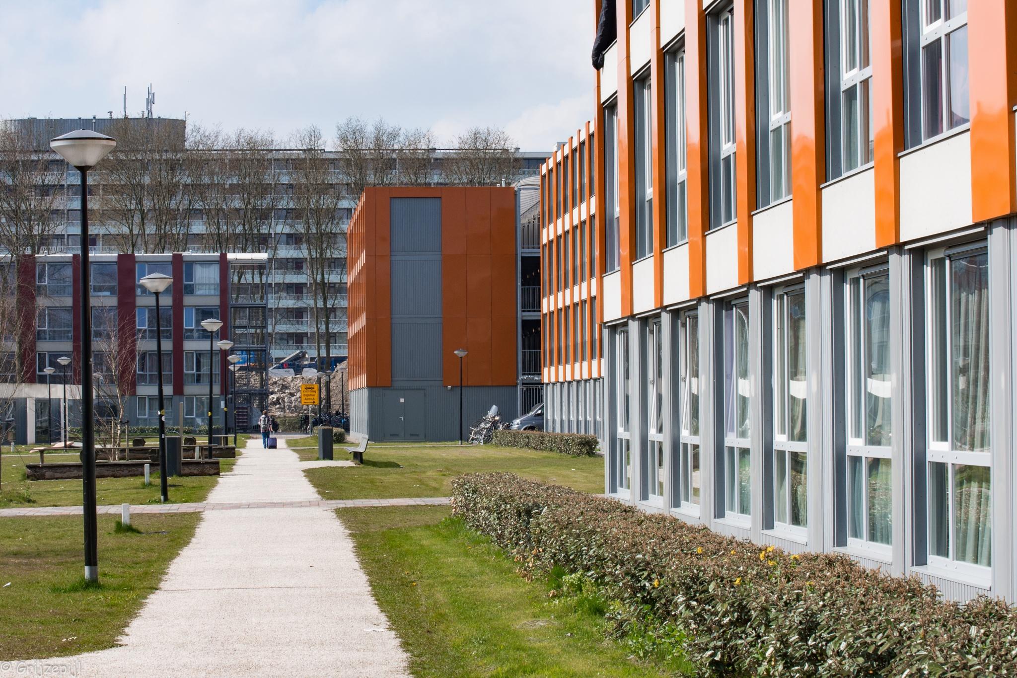 student housing Amsterdam ZO by        ETWEL © Fotografie