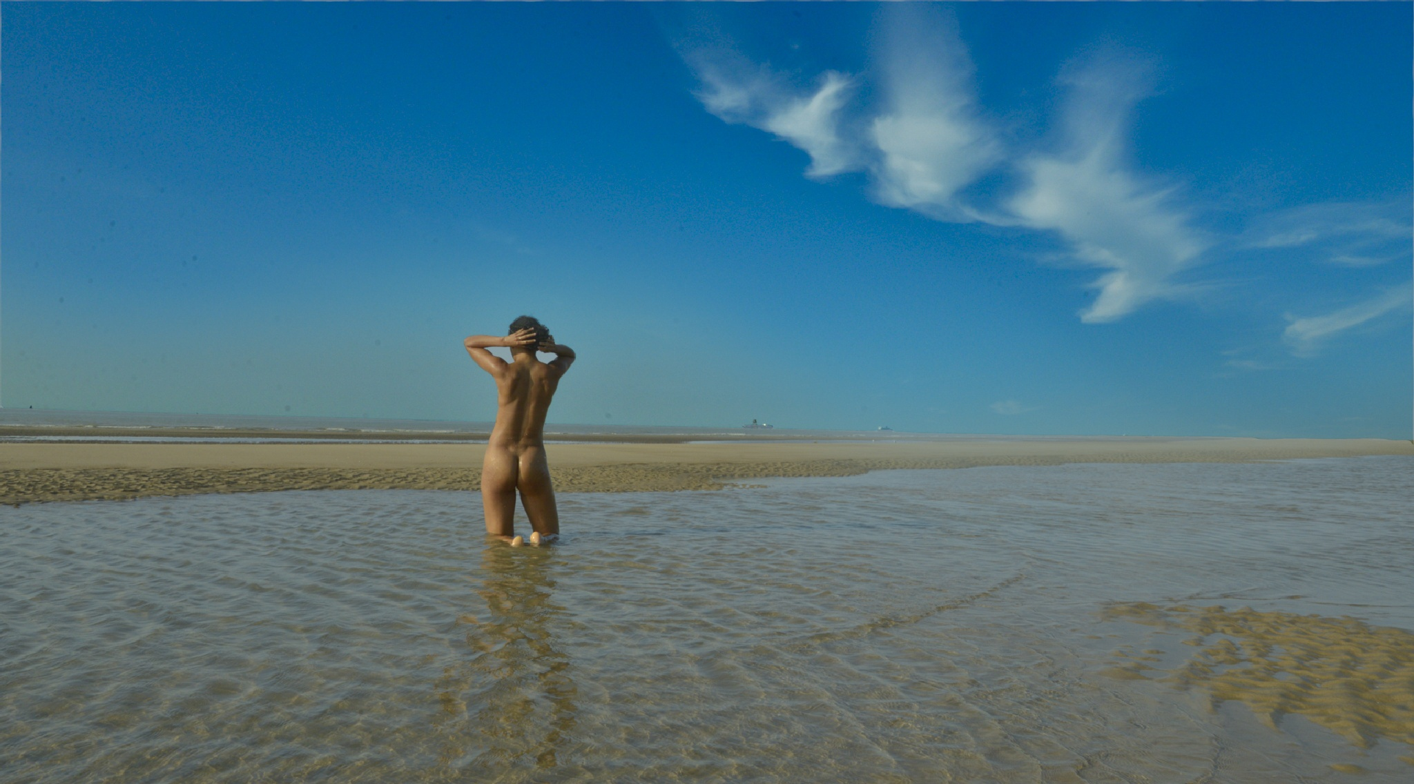 Nude at the beach by imnalavi