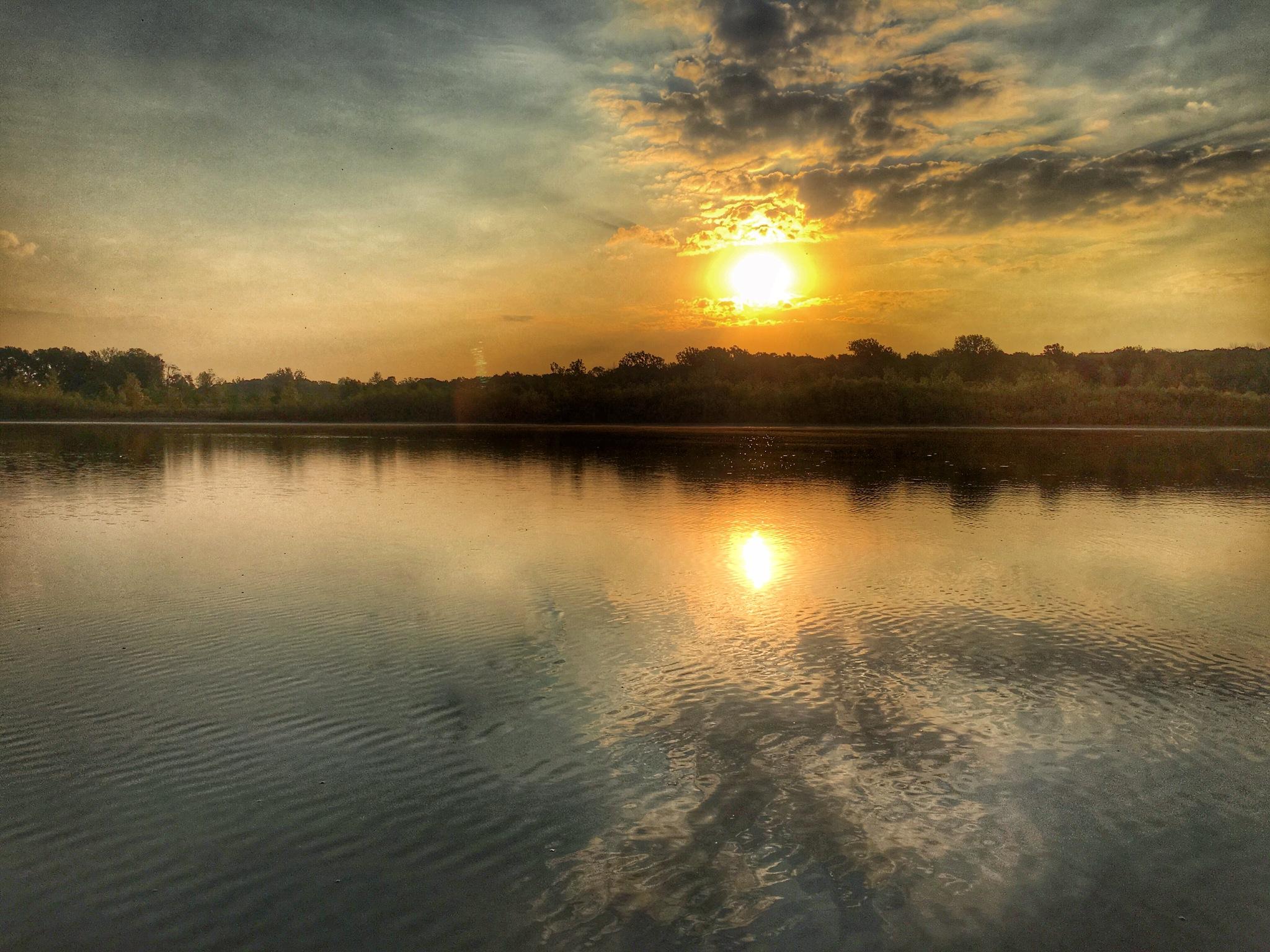 Sunrise  by luk_stanciu