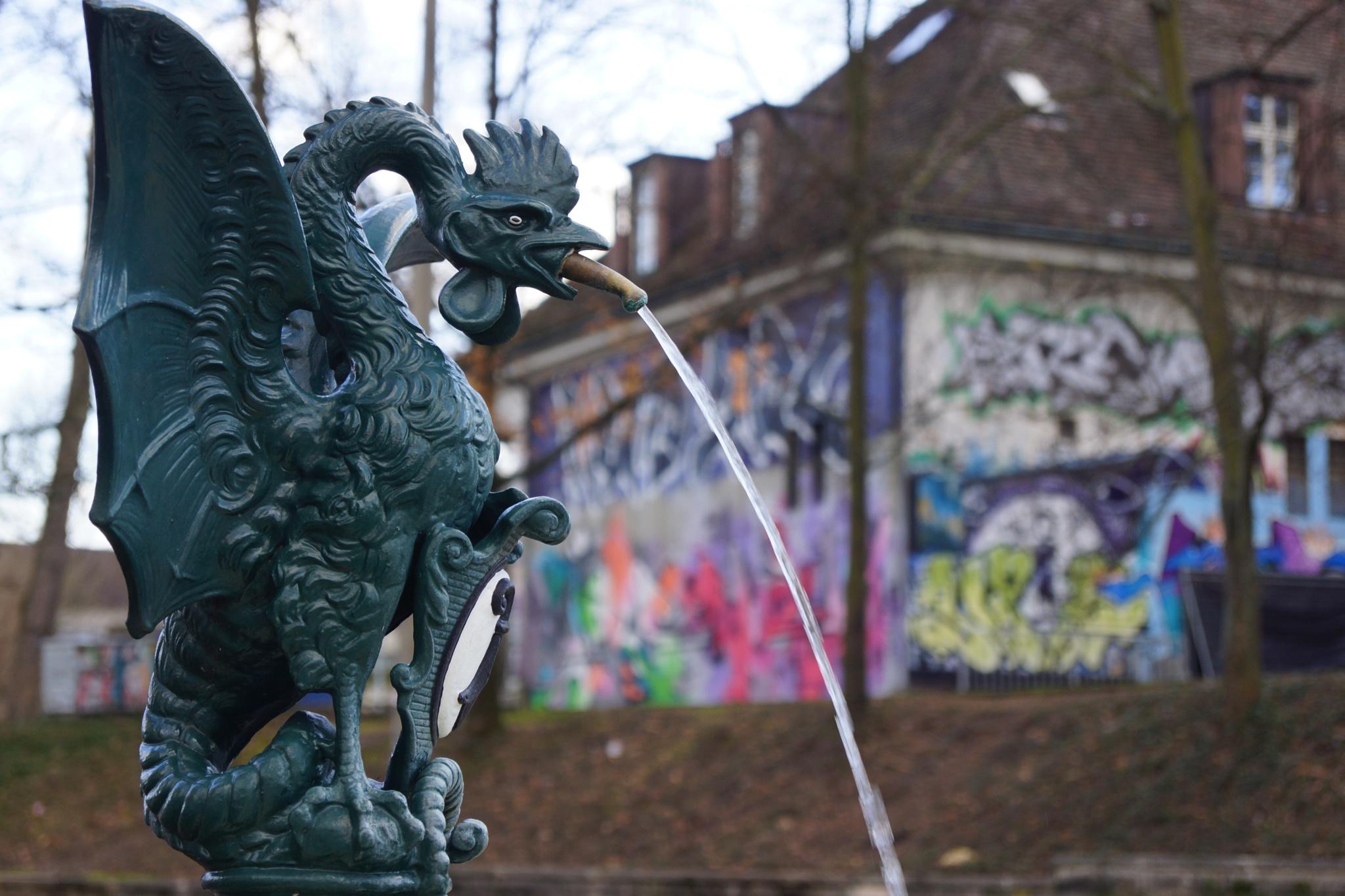 Urban Dragon by PabloT