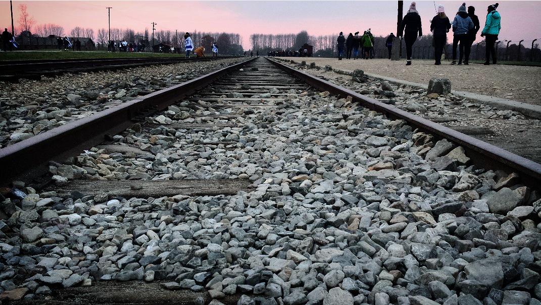 Auschwitz Birkenau by brightredsquirrel