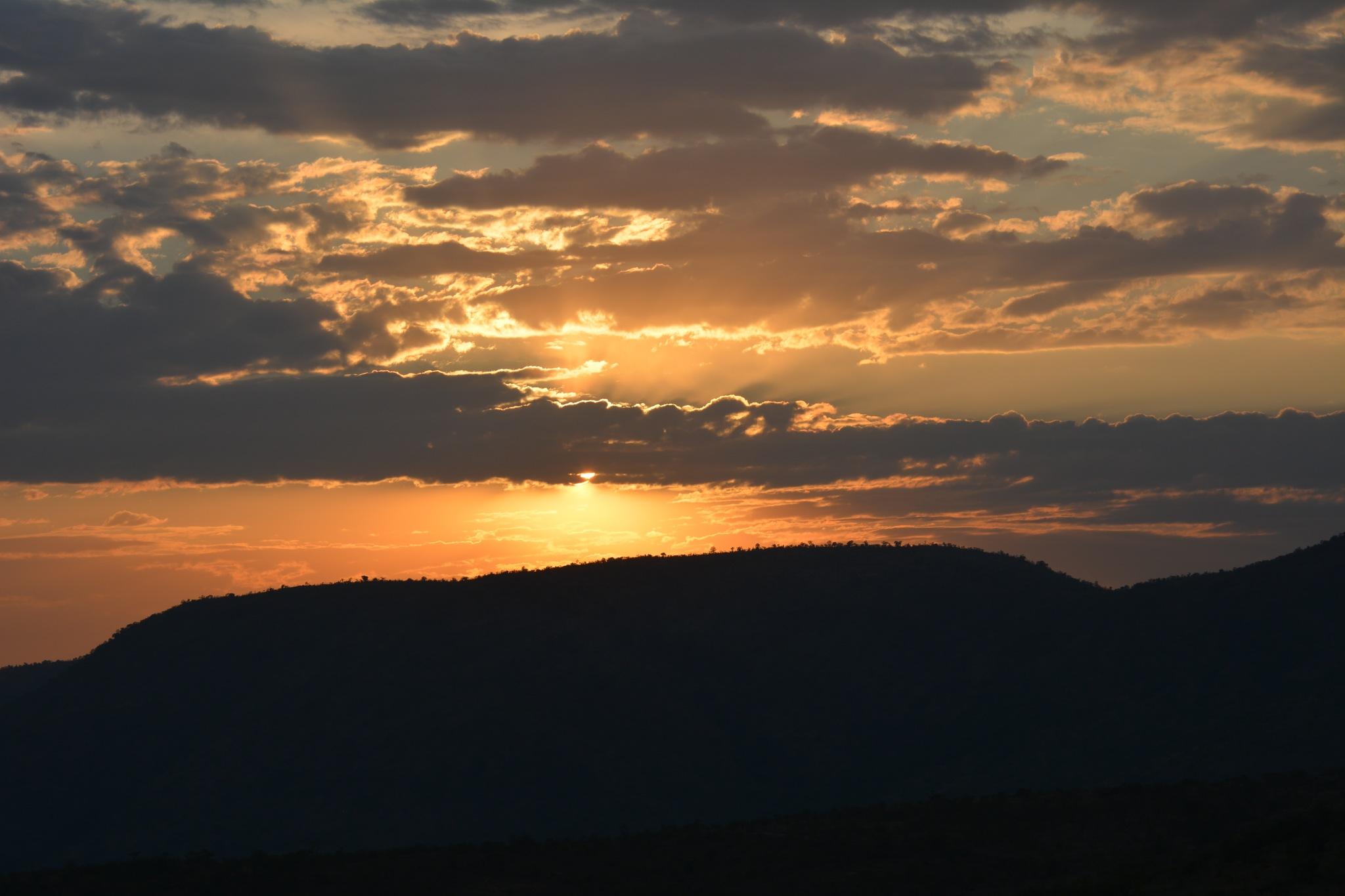 The Sunset in Pilanesburg by RajeshwarPuvvada