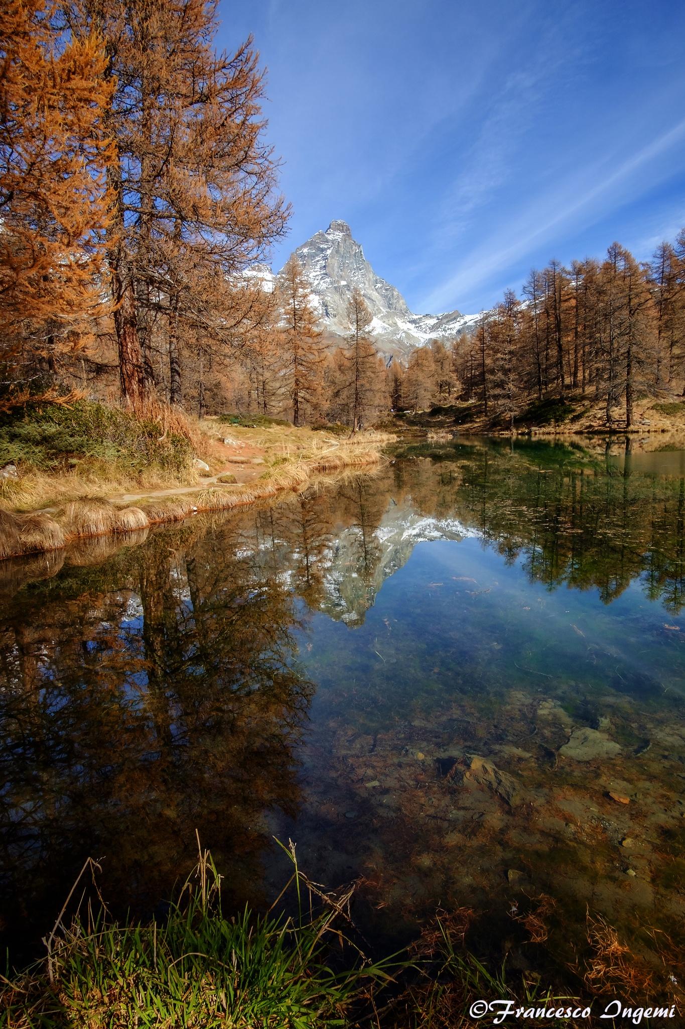 The Blue Lake. by Francesco Ingemi
