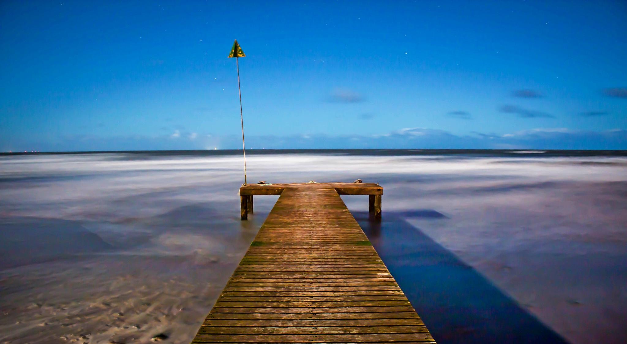 Seascale Pier by Chris Wood